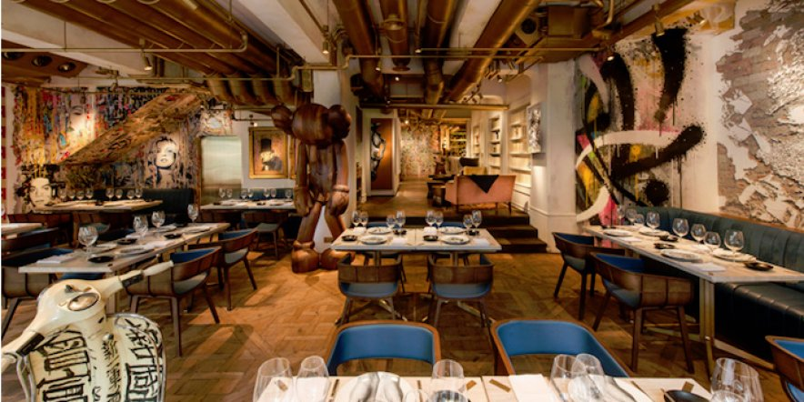 A restaurant inspired by street art and Parisian glamour
